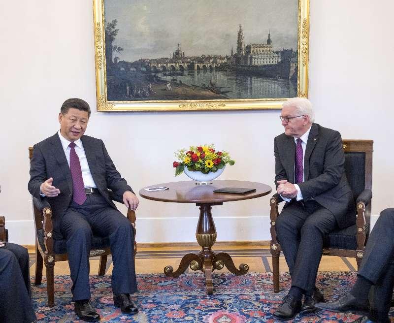 习近平会见德国总统施泰因迈尔